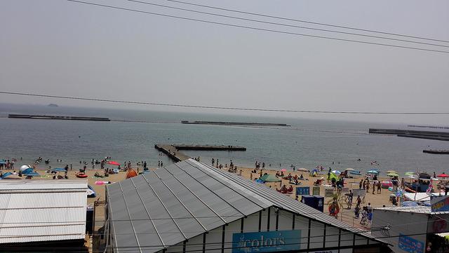 月曜日から須磨海岸に行って来た 平日でも結構人がいる!