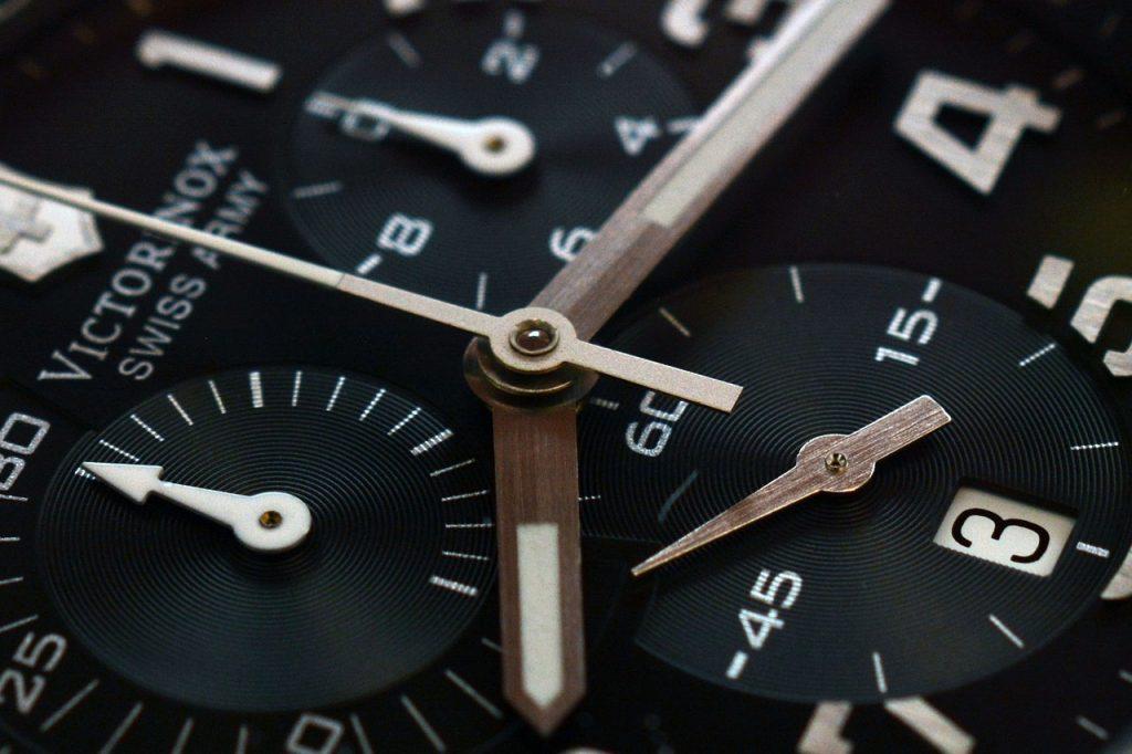 clock-1242244_1280