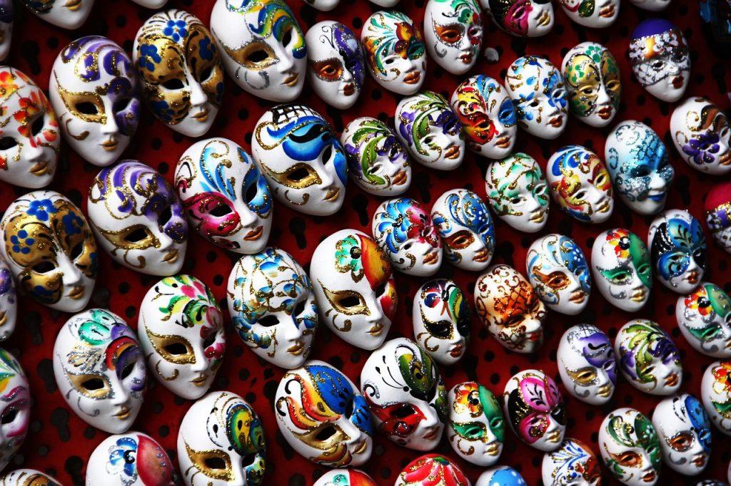 masks-1559215_1280